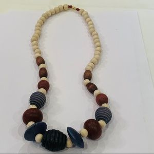 💐5/25 chunky wood bead statement necklace